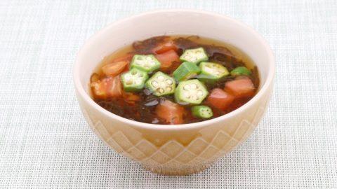 もずくとトマトのスープ